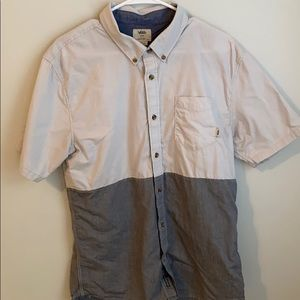 Vans short sleeve button down shirt tailored fit
